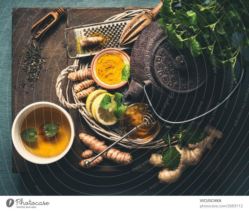 Zutaten für gesunden Turmeric Ingwer Tee Lebensmittel Kräuter & Gewürze Ernährung Frühstück Getränk Heißgetränk Geschirr Tasse Stil Design Gesundheit Behandlung