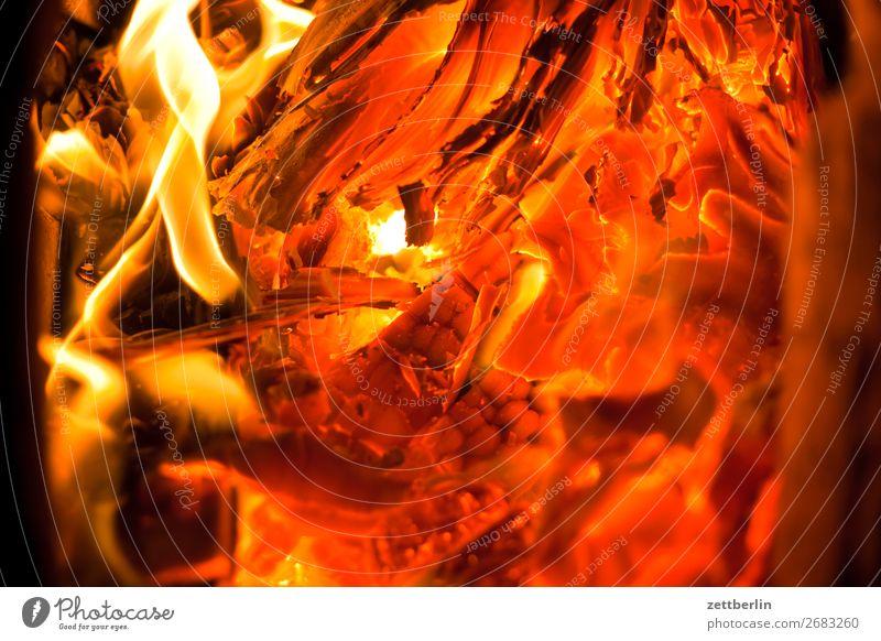 Hölle heizen Glut Feuer Brand brennen Brennstoff Kohlendioxid Flamme fossil Versteinertes Holz Heizung heiß Wärme Herd & Backofen Ofenheizung verbrannt Wohnung