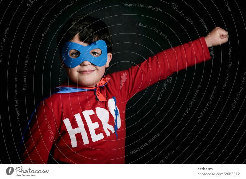 Superheld, Portrait des Jungen im Superheldenkostüm Lifestyle Freude Spielen Abenteuer Freiheit Feste & Feiern Jahrmarkt Geburtstag Erfolg Mensch maskulin
