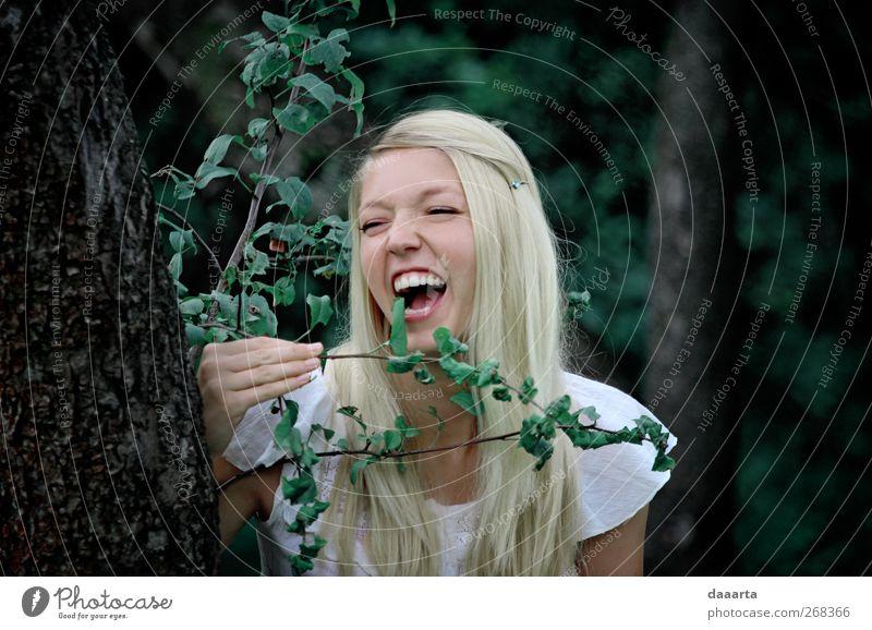 Mensch Frau Jugendliche schön Freude Erwachsene feminin Gefühle Freiheit Glück Garten elegant Junge Frau 18-30 Jahre einzigartig Neugier