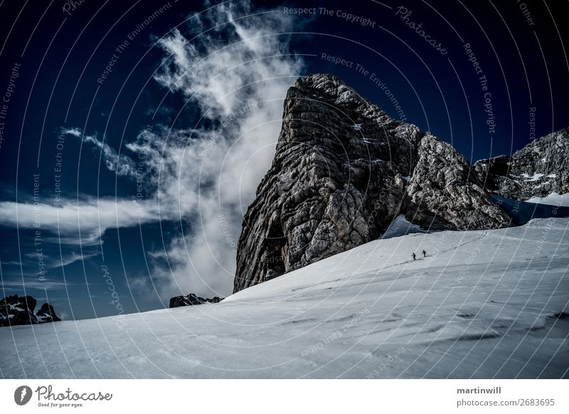 Abstieg vom Gipfel des Dachstein wandern Klettern Berge u. Gebirge Bergsteigen Natur Landschaft Wolken Winter Schönes Wetter Nebel Schnee Felsen Alpen Gletscher