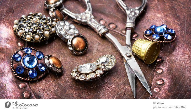 Stilvolles Nähzubehör Brosche Mode Schaltfläche Schmuck schön Dekoration & Verzierung Juwel Reichtum Accessoire Glamour altehrwürdig Eleganz glänzend Kristalle