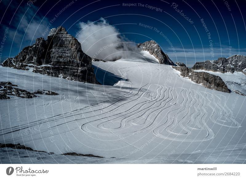 Loipe am Dachstein Schnee Winterurlaub Berge u. Gebirge wandern Klettern Bergsteigen Langlaufen Landschaft Himmel Schönes Wetter Nebel Felsen Alpen Gipfel
