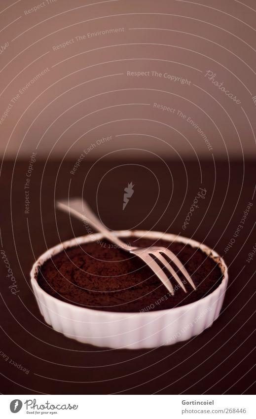 Dessert Ernährung Lebensmittel braun süß Süßwaren Kuchen lecker Schokolade Backwaren Schalen & Schüsseln Dessert Teigwaren Gabel Kaffeetrinken Foodfotografie schokobraun