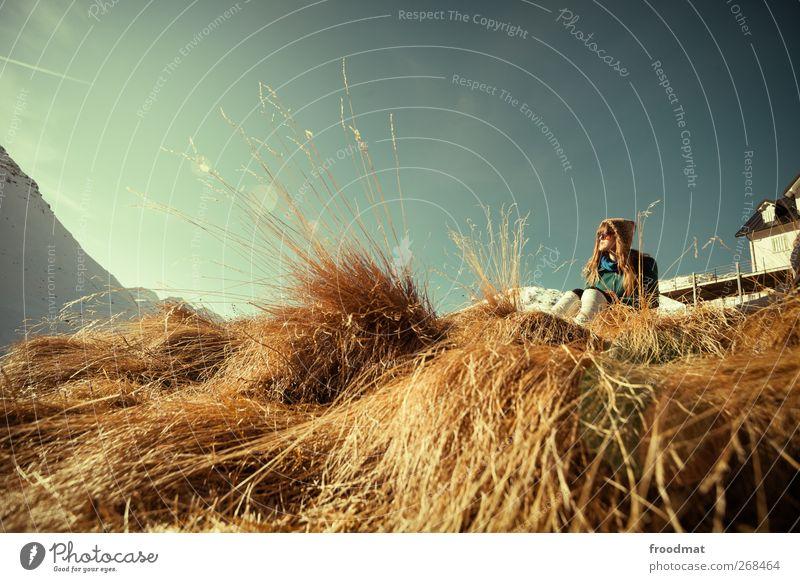 furkablick Mensch Frau Himmel Natur Jugendliche Ferien & Urlaub & Reisen Winter ruhig Erwachsene Ferne Erholung Umwelt Landschaft Wiese feminin Berge u. Gebirge