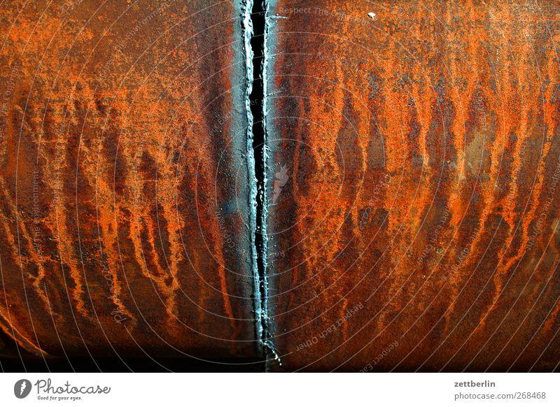 Eisen Arbeit & Erwerbstätigkeit Arbeitsplatz Fabrik Wirtschaft Industrie Ruhestand Maschine Energiekrise Metall dunkel Rost Riss Spalte Schweißen Material