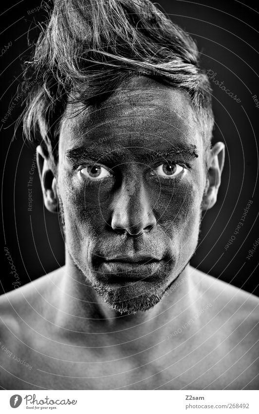 working man Mensch Jugendliche schwarz ruhig Erwachsene dunkel Haare & Frisuren blond Kraft dreckig maskulin 18-30 Jahre ästhetisch kaputt Junger Mann Coolness