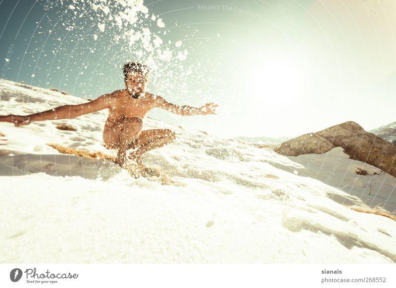 Yeti Mensch Jugendliche Ferien & Urlaub & Reisen Freude Schnee Leben Berge u. Gebirge nackt Gefühle Freiheit Gesundheit Körper Wildtier wild maskulin Junger Mann