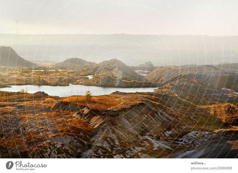 Braunkohletagebau Haldenlandschaft [8] Arbeitsplatz Energiewirtschaft Windkraftanlage Energiekrise Umwelt Landschaft Klimawandel See bizarr Umweltverschmutzung