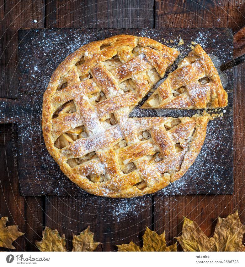 gebackene ganze runde Apfelkuchen Frucht Kuchen Dessert Mittagessen Abendessen Tisch Küche Herbst Holz frisch lecker oben braun weiß Tradition Amerikaner