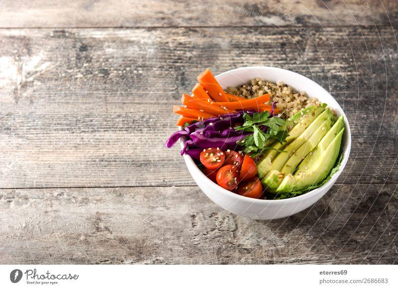 Vegane Buddha-Schale mit frischem Rohkost und Quinoa Schalen & Schüsseln Gemüse Avocado Zwiebel Tomate Möhre Kohlgewächse Lebensmittel Gesunde Ernährung