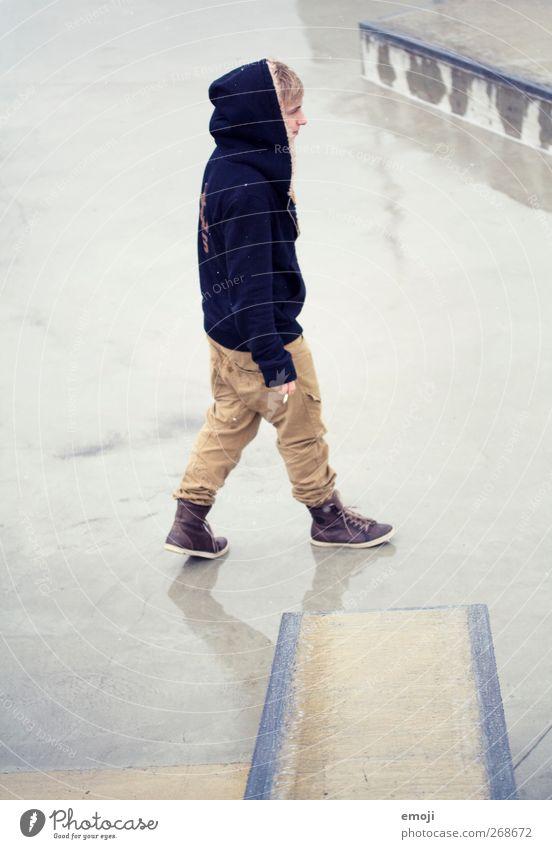. Mensch Jugendliche Erwachsene Junger Mann gehen 18-30 Jahre maskulin 13-18 Jahre trendy
