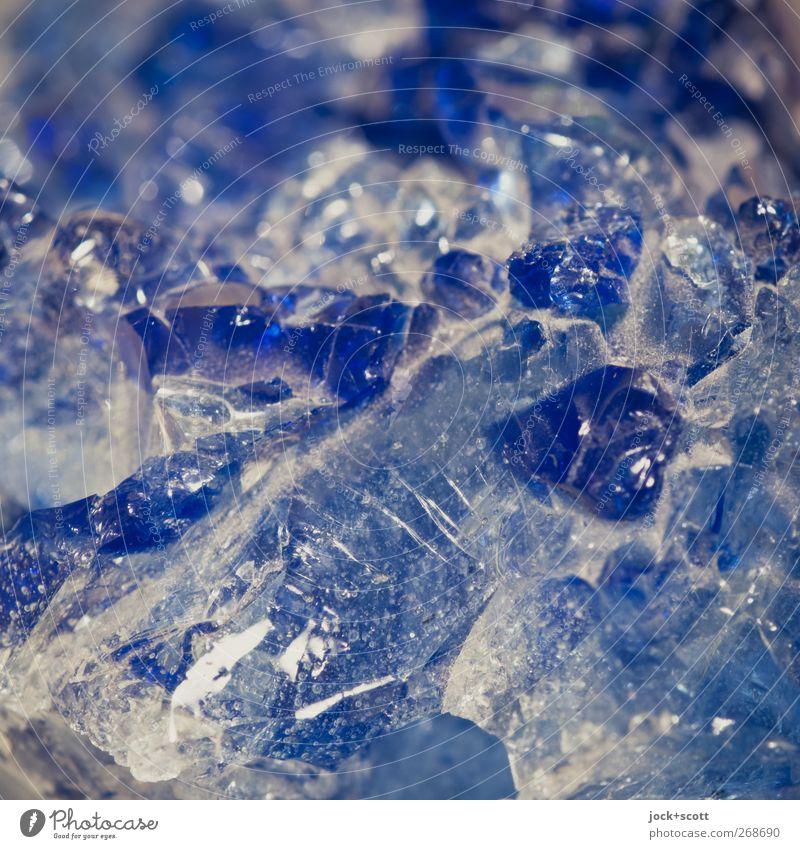bläulicher Mineral Urelemente Dekoration & Verzierung Stein Kristalle glänzend ästhetisch authentisch eckig einfach fest natürlich blau rein Qualität Edelstein