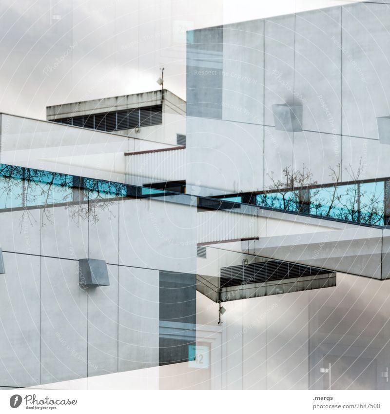 :| Bauwerk Gebäude Architektur Fassade Fenster Flachdach Blick außergewöhnlich modern verrückt blau grau ästhetisch Perspektive skurril Immobilienmarkt Farbfoto