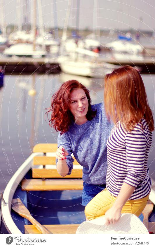 Sunday afternoon trip. Mensch Frau Jugendliche blau Sommer Freude Erwachsene feminin Bewegung Mode Freundschaft Gesundheit Wasserfahrzeug Junge Frau natürlich 18-30 Jahre