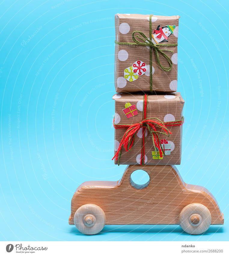 Holzkindermaschine trägt Geschenke kaufen Dekoration & Verzierung Feste & Feiern Weihnachten & Advent Silvester u. Neujahr PKW Papier Spielzeug Paket tragen neu