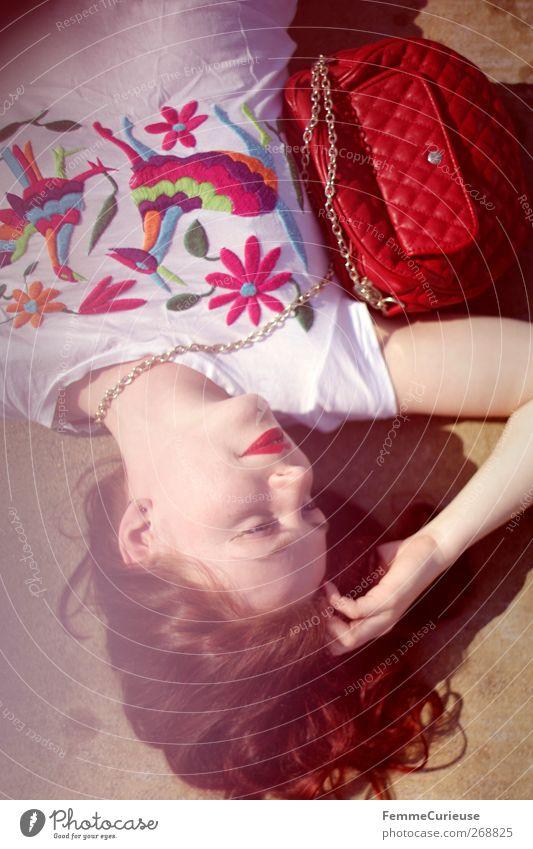 LoLiTa. Mensch Frau Jugendliche Stadt schön Junge Frau rot ruhig 18-30 Jahre Gesicht Erwachsene feminin Stil Lifestyle Haare & Frisuren Kopf