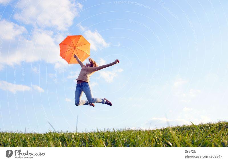sunny jump Mensch Frau Himmel Natur Jugendliche Wolken Erwachsene Erholung Umwelt Wiese Leben Frühling Freiheit Glück springen Luft