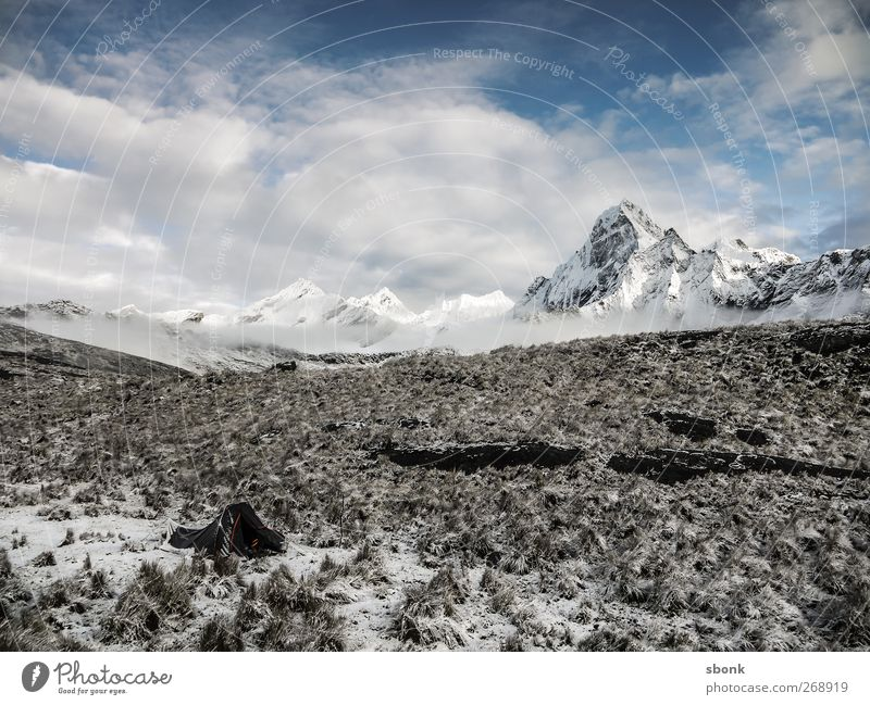 Huaraz #2 Himmel Natur Ferien & Urlaub & Reisen Pflanze Landschaft Wolken kalt Umwelt Berge u. Gebirge Freiheit Felsen Sträucher wandern Gipfel Frost Hügel