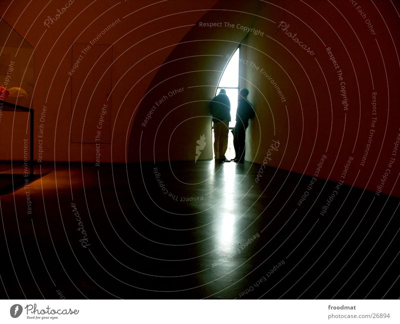 Kiasma - Helsinki #6 Fenster Silhouette Lichteinfall dunkel Ausstellung Messe Schatten Mensch Museum