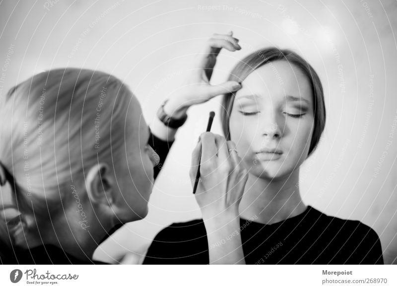 BL feminin Junge Frau Jugendliche Erwachsene Kopf Haare & Frisuren Gesicht Arme 2 Mensch 18-30 Jahre brünett blond schön Stil Kosmetik Schwarzweißfoto