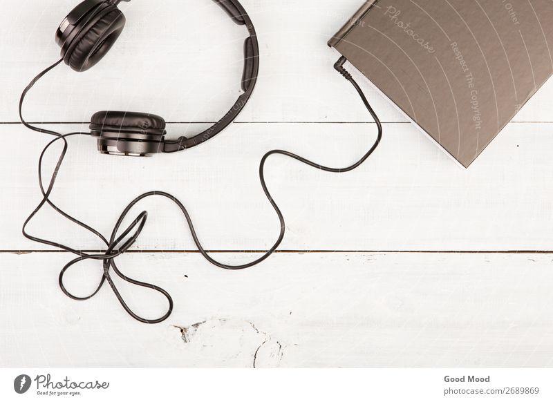 weiß schwarz Holz Schule Freizeit & Hobby Aussicht Musik Technik & Technologie Buch Idee lesen Information hören Medien Kopfhörer Lexikon