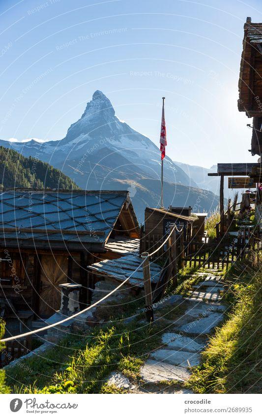 # 766 Schweiz Matterhorn Wahrzeichen Berge u. Gebirge Dorf wandern Mountainbike Trail Wege & Pfade Sonnenuntergang weiches Licht Gipfel Schneebedeckte Gipfel