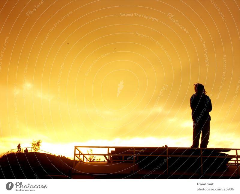 Sonnenbrand Sonnenuntergang Sommer Rastalocken Hippie Wolken schön Gegenlicht Freizeit & Hobby Fusion Musikfestival Schatten orange