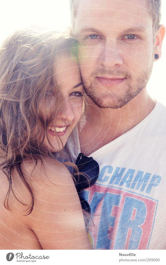 Arms. Mensch Jugendliche Ferien & Urlaub & Reisen schön Sommer Sonne Freude Erwachsene Ferne Liebe Leben Gefühle Freiheit Haare & Frisuren Glück Paar