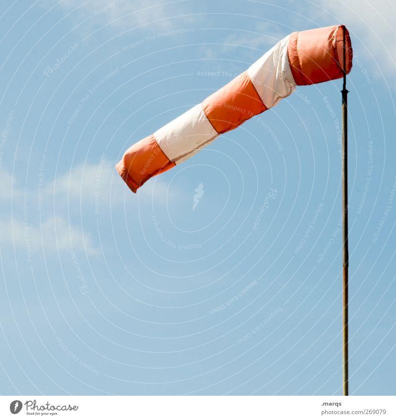 Brise Natur Himmel Wolken Klima Klimawandel Wetter Windsack Hinweisschild Warnschild frisch rot weiß Windrichtung Richtung luftig Luftverkehr Farbfoto
