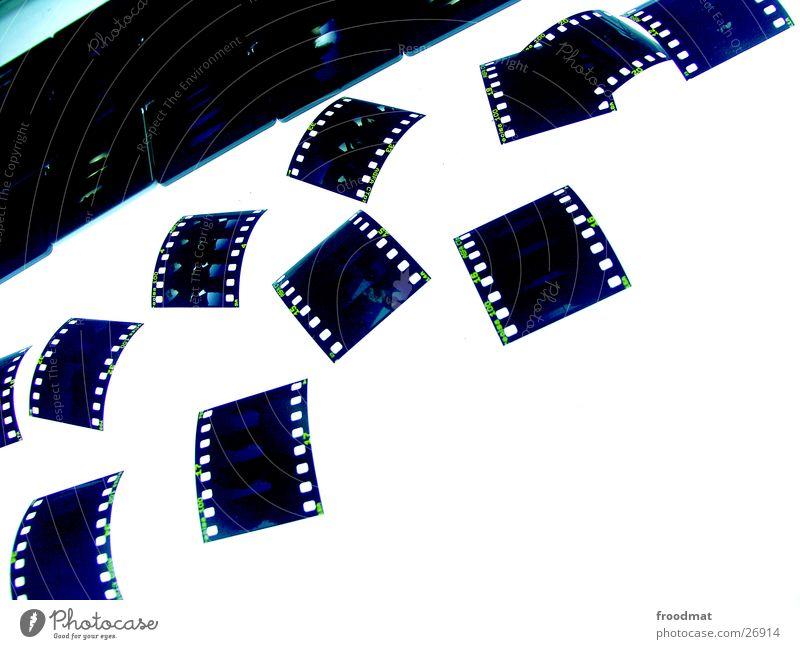 Leuchttisch hell Fotografie verrückt Filmindustrie Bild analog Handwerk durchsichtig diagonal sortieren Dia Entwicklung Auswahl Scan negativ erfassen
