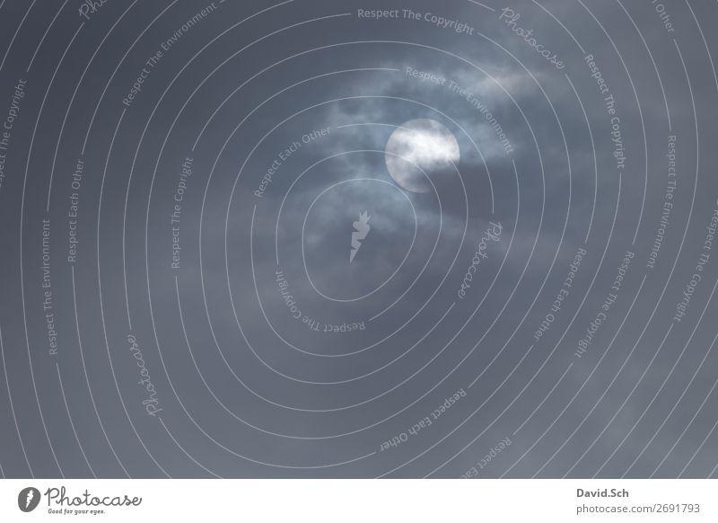 Wolkenloch mit Sonne Natur Umwelt Beleuchtung leuchten Wetter Klima Lücke nur Himmel