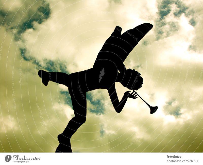 millesgården #1 Trompete Flöte Wolken Gegenlicht Skulptur Kunst Dinge millesgarden Carl Milles Engel Schatten Silhouette Himmel Stockolm Schweden einbeinig