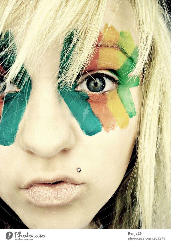 Erblicke die Welt mit all ihren Farben Mensch Jugendliche blau grün rot Freude Gesicht Auge gelb feminin Leben Junge Frau Kopf träumen blond