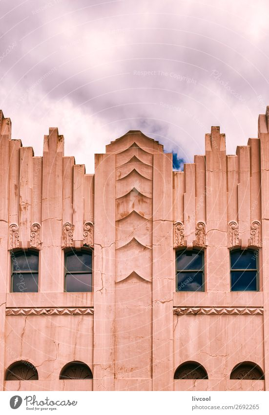 Himmel alt Stadt schön Haus Wolken Fenster Straße Lifestyle Stil Gebäude Kunst Tourismus Fassade rosa Dekoration & Verzierung