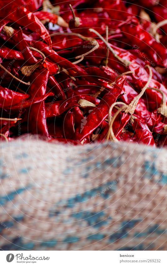 Red Hot Chilli Peppers Chili rot Schote Sack Markt getrocknet viele Nahaufnahme Menschenleer Kräuter & Gewürze Scharfer Geschmack Indien