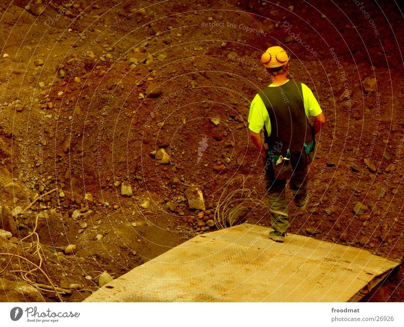 Bautrupp Helsinki #4 springen Erde dreckig Pause Sicherheit Baustelle Arbeiter Dienstleistungsgewerbe Kette Konstruktion Bauarbeiter Helm Finnland Fortschritt