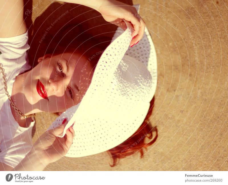 200 photos! =) Mensch Frau Jugendliche Ferien & Urlaub & Reisen rot Sonne Sommer ruhig Erwachsene Gesicht Erholung feminin Freiheit Kopf Stil Zufriedenheit