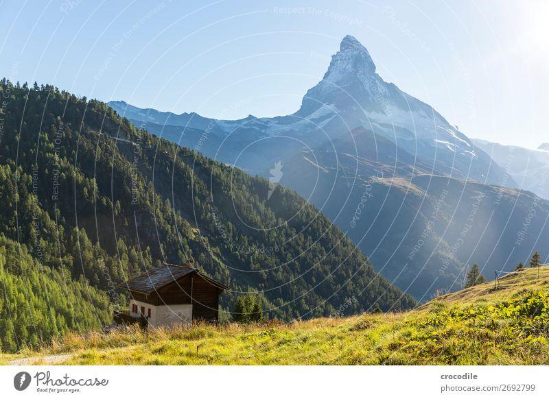 # 778 Schweiz Matterhorn Wahrzeichen Berge u. Gebirge Dorf wandern Mountainbike Trail Wege & Pfade Sonnenuntergang weiches Licht Gipfel Schneebedeckte Gipfel