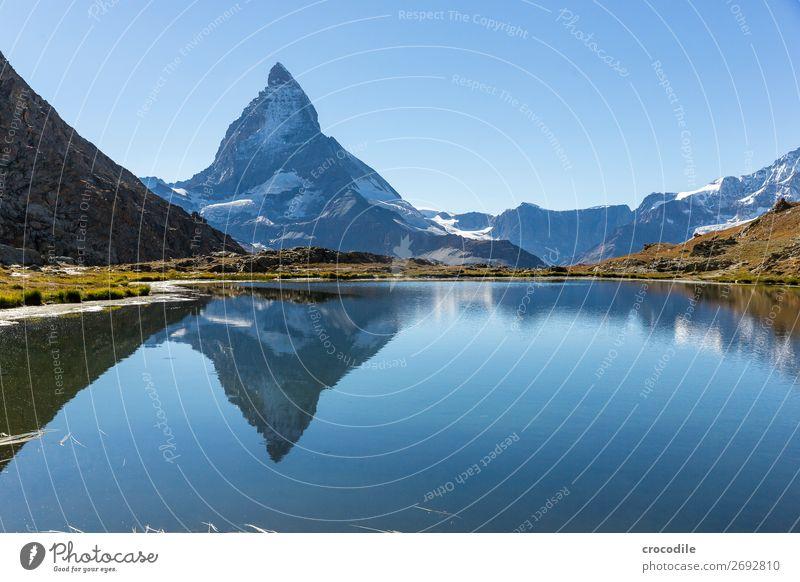 #774 Schweiz Matterhorn Wahrzeichen Berge u. Gebirge Dorf wandern Mountainbike Trail Wege & Pfade Farbfoto weiches Licht Gipfel Wiese friedlich Schnee Gletscher