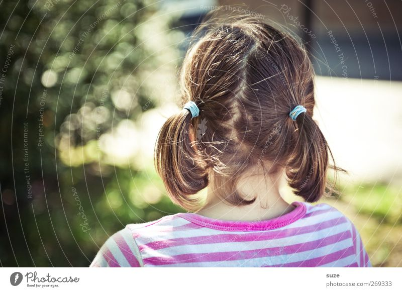 Pippi Lotta Mensch Kind grün Mädchen Umwelt feminin Haare & Frisuren Kopf klein lustig Mode Kindheit rosa Freizeit & Hobby authentisch Sträucher