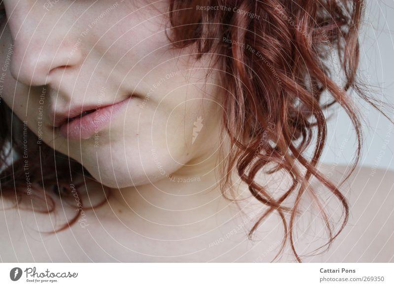 can't hide schön Körperpflege Haut Gesicht feminin Junge Frau Jugendliche Erwachsene 1 Mensch 18-30 Jahre Haare & Frisuren rothaarig Locken drehen hängen