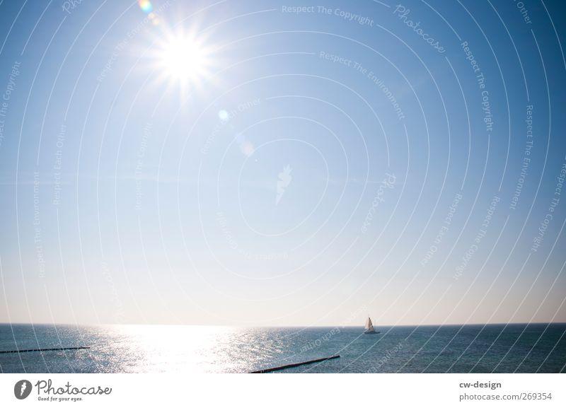 Titanic war gestern Natur blau Wasser Ferien & Urlaub & Reisen Meer Strand Erholung Ferne Freiheit Küste See Freizeit & Hobby Ausflug Tourismus Abenteuer