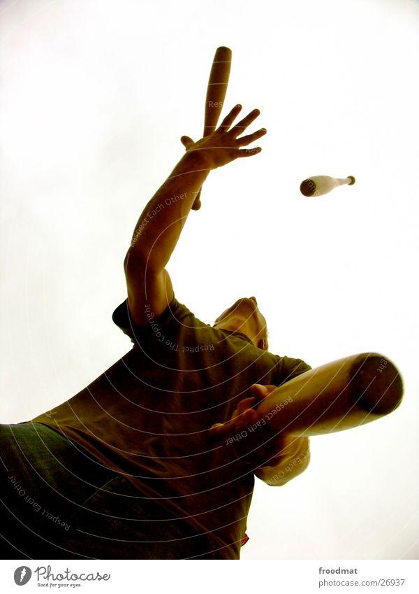 Jon g. Leur #1 Jongleur jonglieren gefährlich Risiko perfekt Artist Silhouette Keule Geschicklichkeit Zufriedenheit Spielen Vertrauen kegelförmig werfen