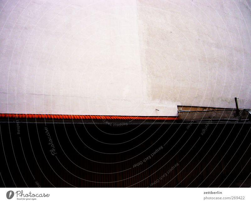 Schön grafisch Stadt Bauwerk Gebäude Architektur Mauer Wand Tür gut schön Geometrie Strukturen & Formen Linie Garage Garagentor abstrakt Farbfoto