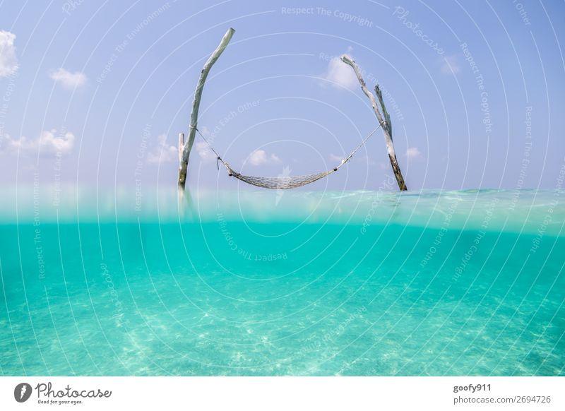 Erholung Ferien & Urlaub & Reisen Tourismus Abenteuer Ferne Freiheit Sommer Strand Meer Insel Natur Wasser Himmel Schönes Wetter Schwimmen & Baden elegant