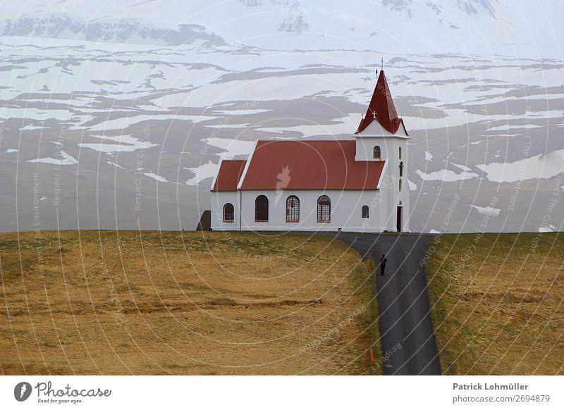 Kirche auf Island Ferien & Urlaub & Reisen Tourismus Winter Mensch feminin Frau Erwachsene 1 18-30 Jahre Jugendliche Umwelt Natur Landschaft Erde Klima