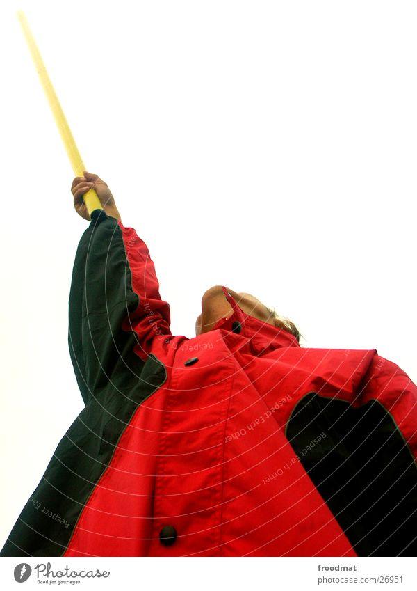 Stabhochhalten aufstrebend diagonal Jacke Kontrast hochgeschaut sportlich Arme Strommast Extremsport