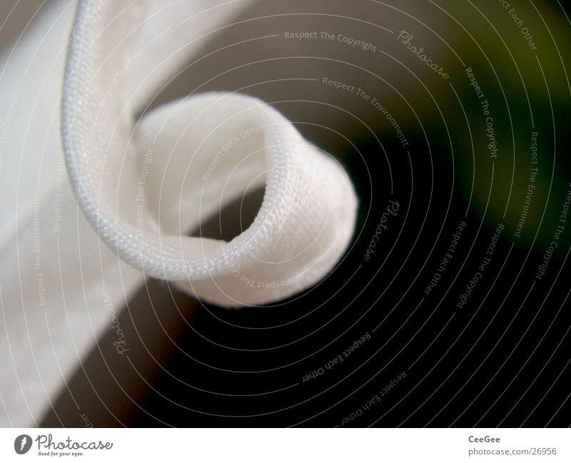 Stoffachterbahn weiß 8 dunkel obskur Knoten Makroaufnahme Nahaufnahme Detailaufnahme