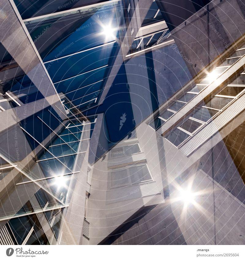 4****-Bürogebäude abstrakt Sonnenstrahlen mehrfachbelichtung Fassade Fenster Froschperspektive aufstrebend oben Zukunft Wolkenloser Himmel Spiegelung Verwirrung
